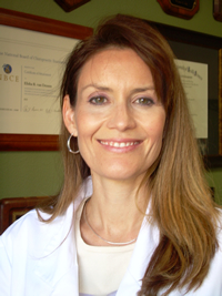 Photo of Dr. Leslie Van Deusen